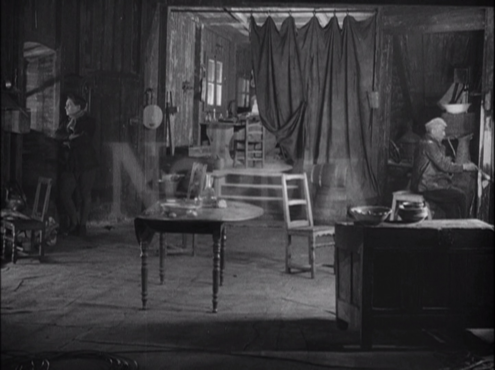 Words Radiating Images: Visualizing Text in Abel Gance's La Roue, Cuff, Literature Film Quarterly